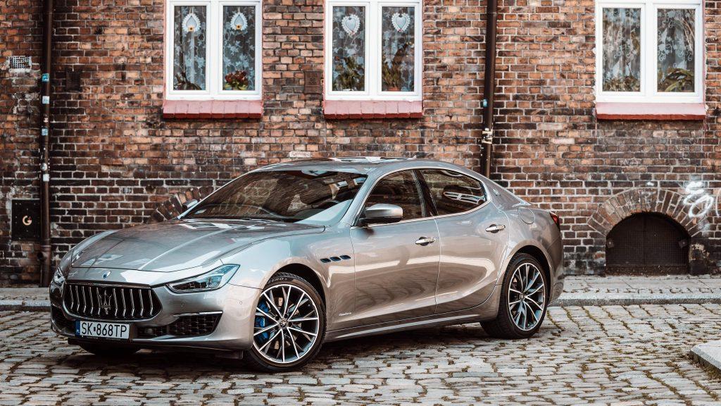 Maserati ghibli hybrid gran lusso 2 автомобиля обои скачать