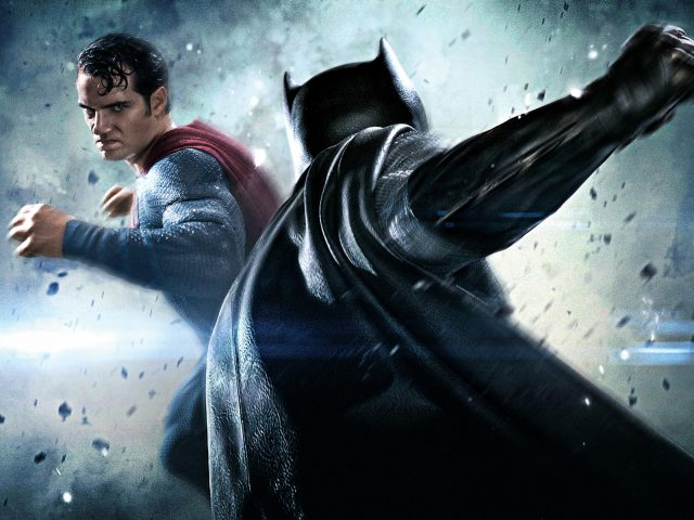 Бэтмен против супермена на заре справедливости новый.