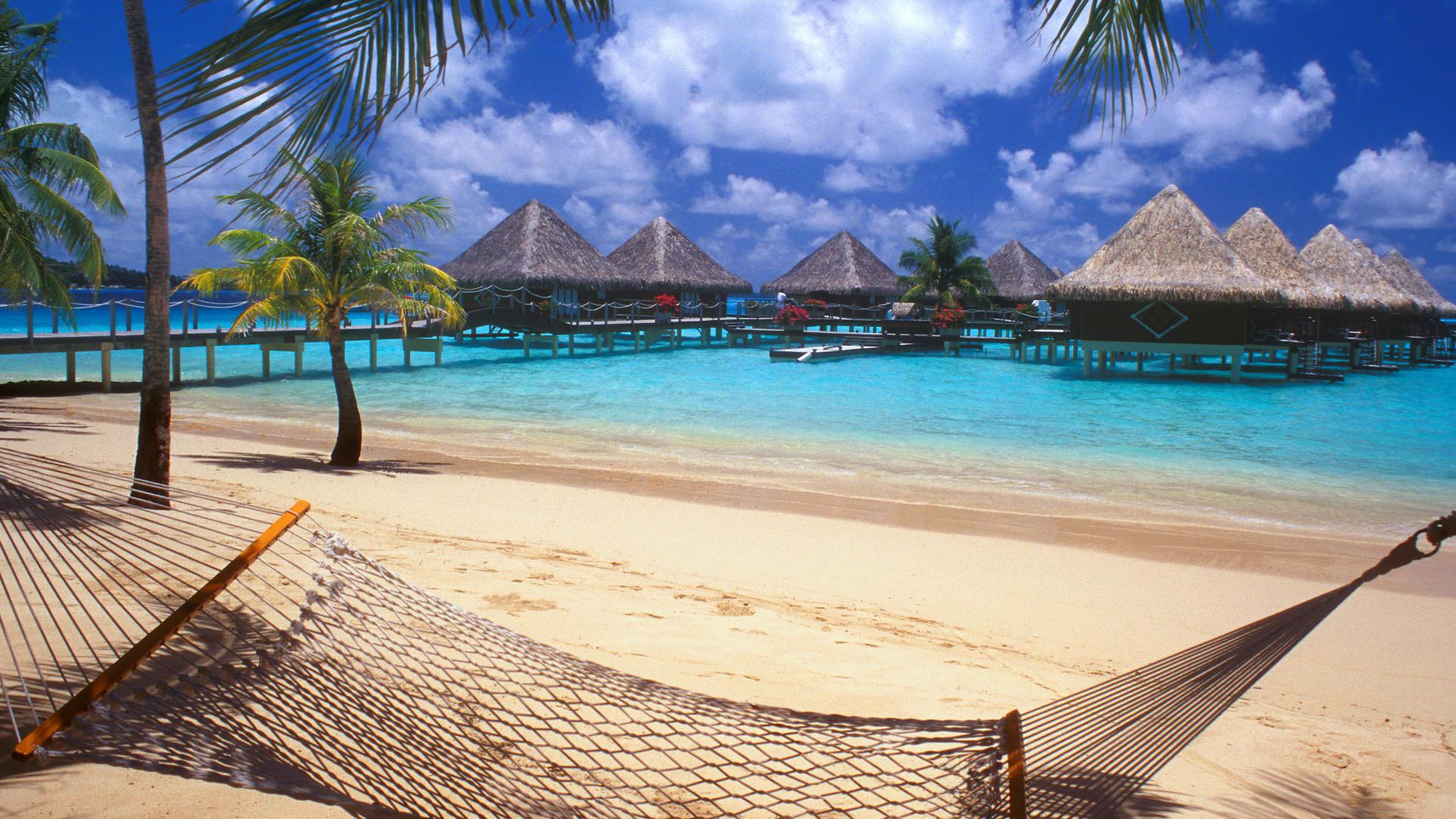 Пляж Бора Бора на Таити обои скачать