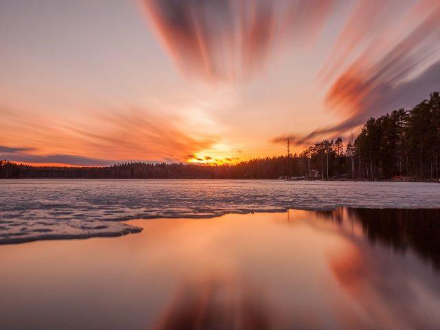 Закат, озеро, лед, деревья, небо