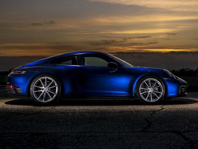 Автомобили porsche 911 carrera s mt 2020