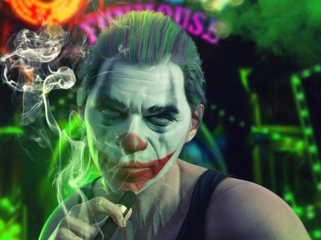 Джокер крутой курильщик