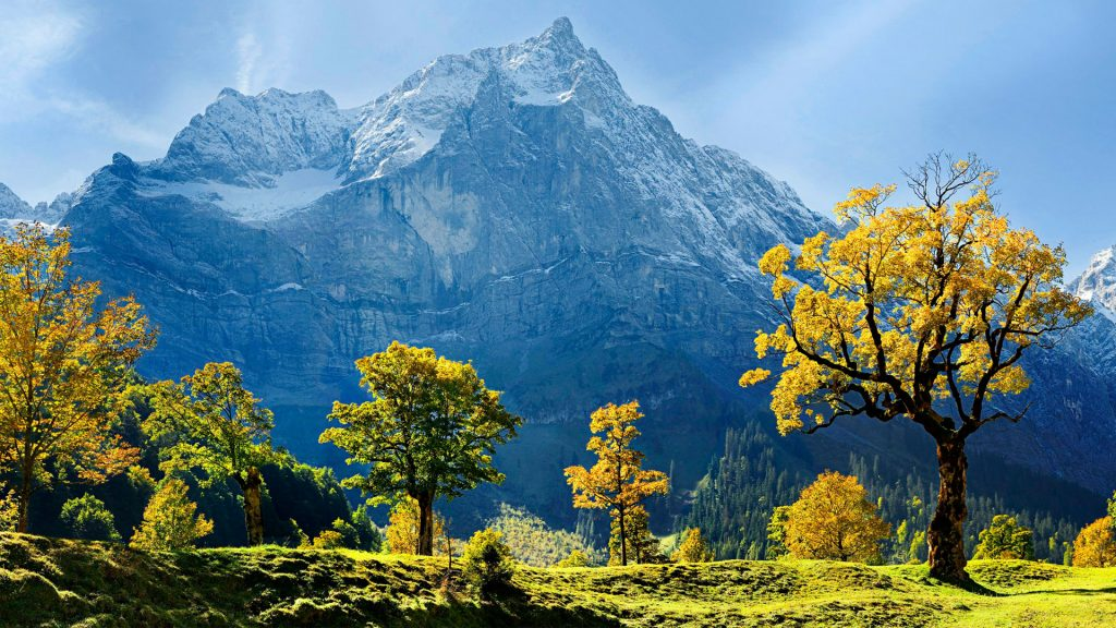 Кленов снежные горы Австрии. обои скачать