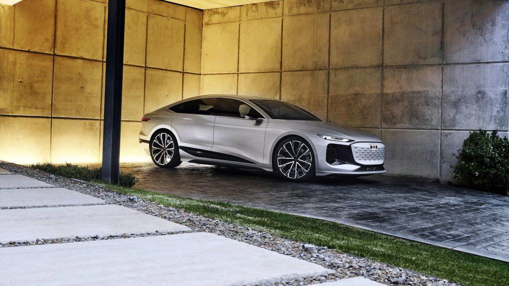 Audi a6 e tron concept 2021 2 автомобиля обои скачать