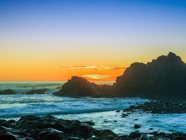 Закаты на пляже мыса Араго