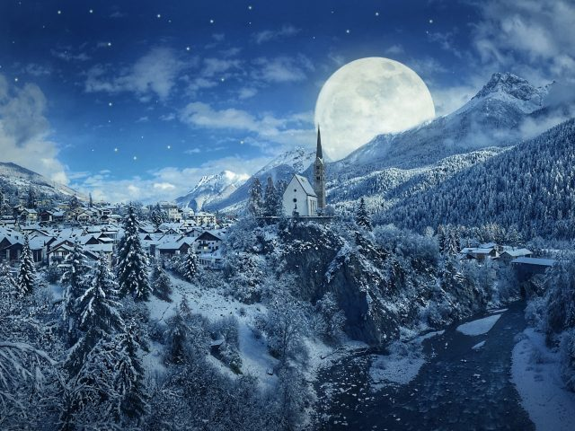 Снежный зимний сезон