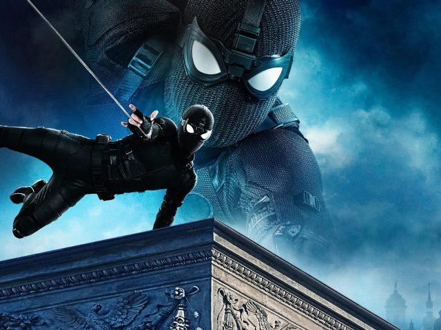 Человек-паук Вдали от дома черный костюм