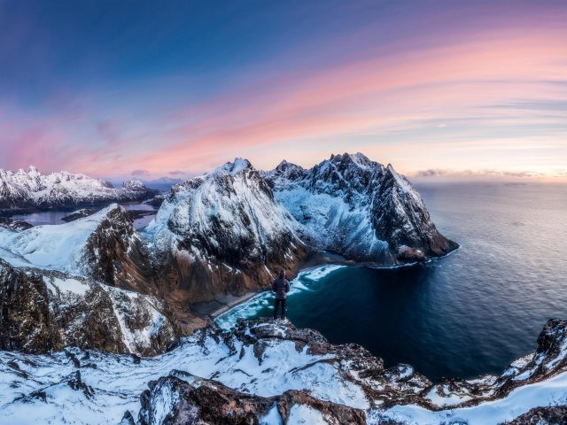 Зимой горы панорама