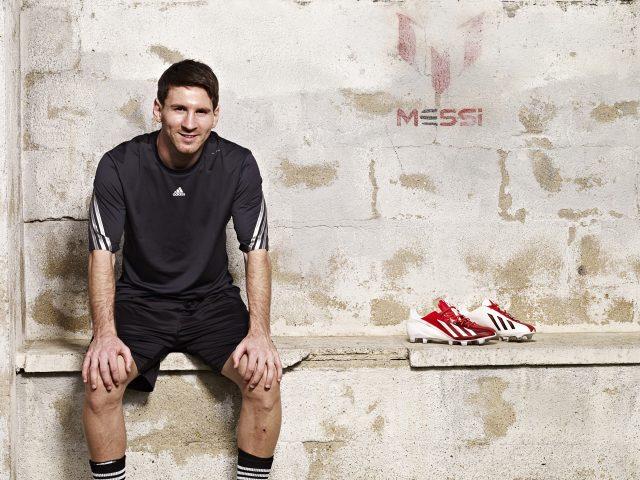 Лионель Месси аргентинский футболист.