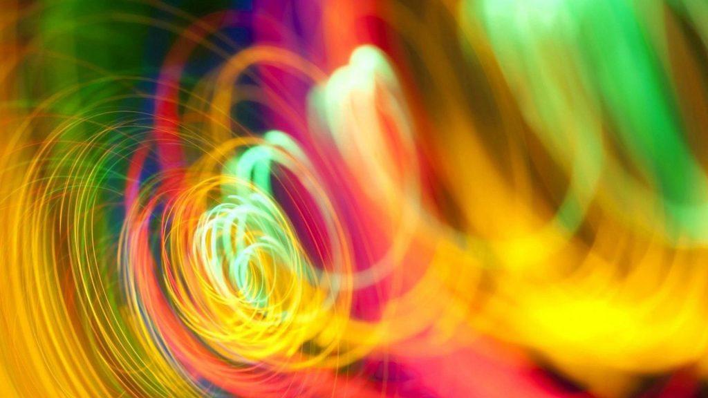 Спираль красочная яркая линия абстракция обои скачать