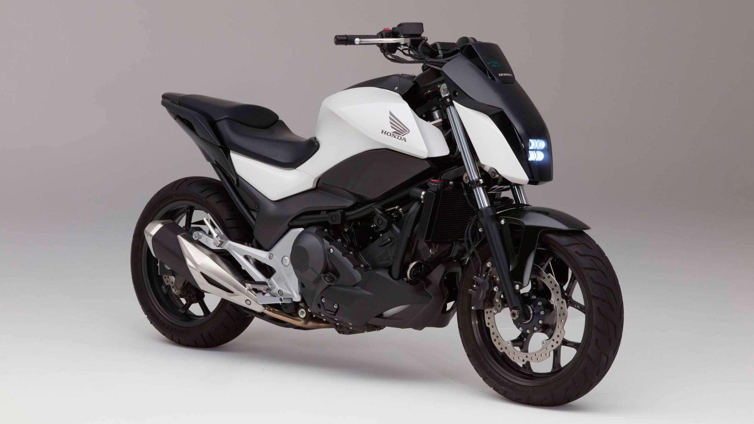 Хонда езда оказанию мотоцикла балансировки. обои скачать