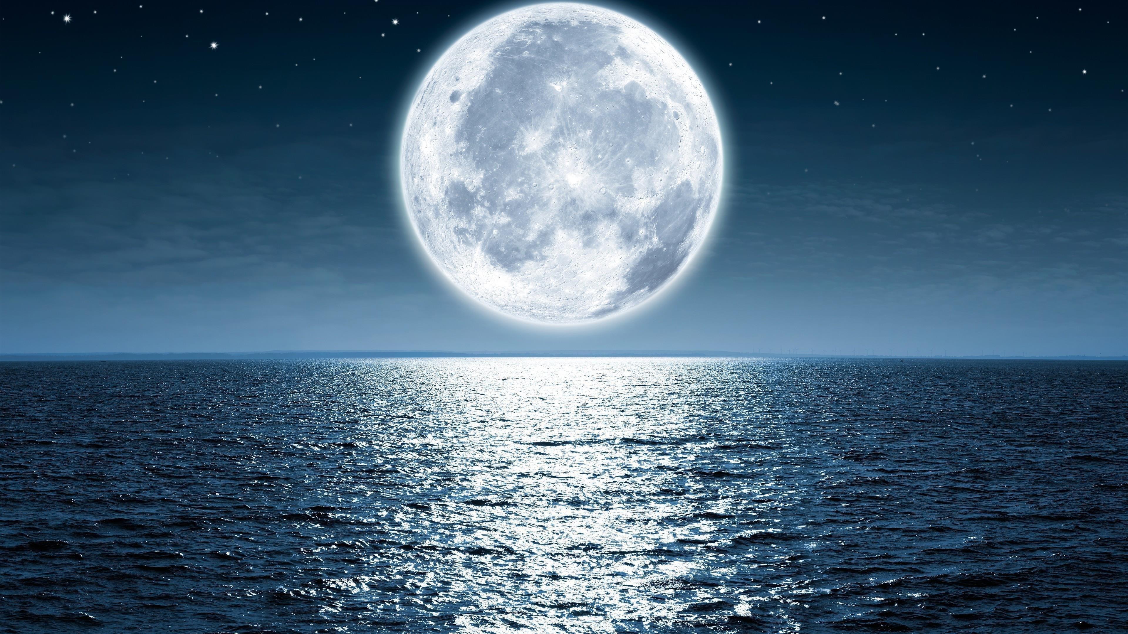 Лунная ночь море пляж обои скачать