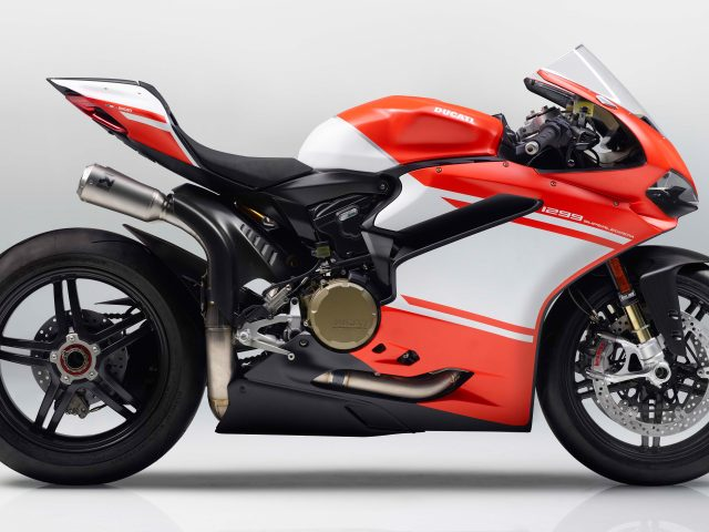 Ducati 1299 superleggera 5.