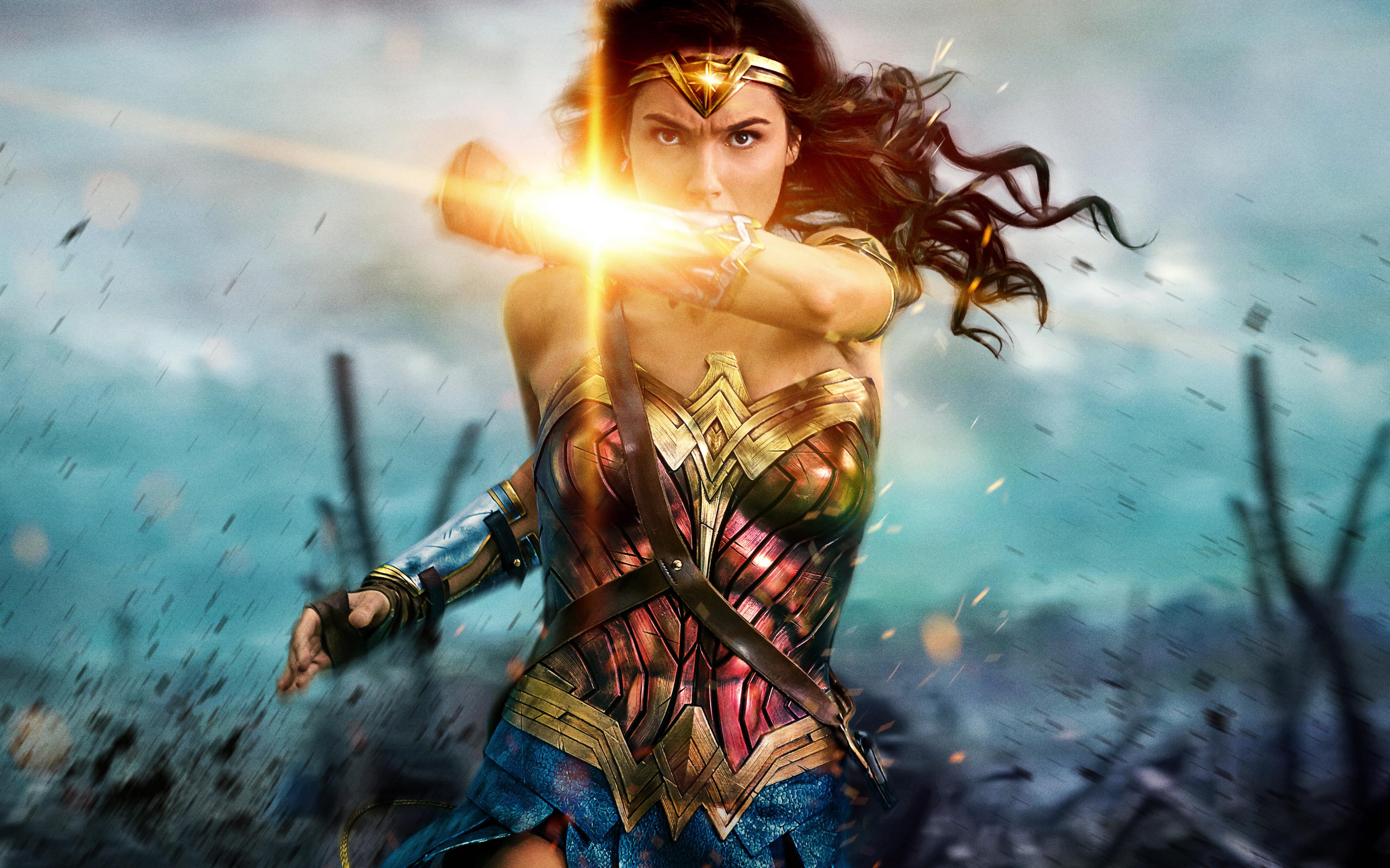 Wonder woman 8k. обои скачать
