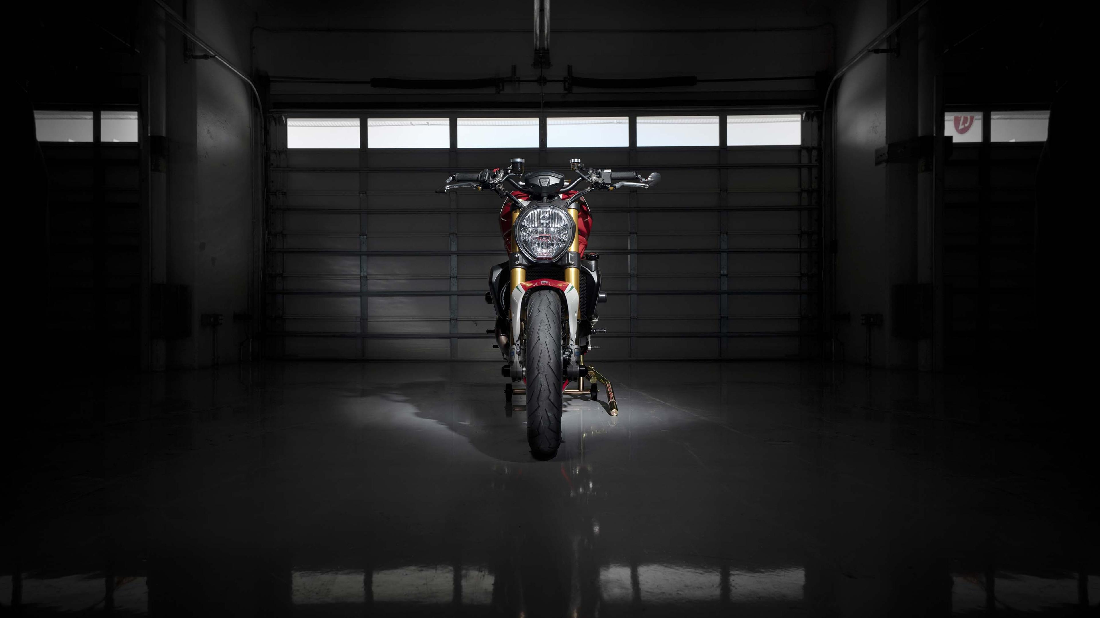 2019 Ducati monster 1200 триколор по мотивации обои скачать