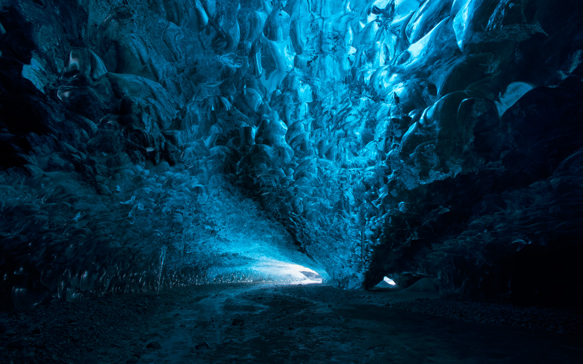 Ледяные пещеры. обои скачать