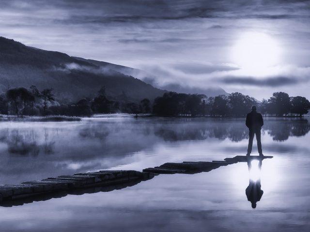 Один на озере