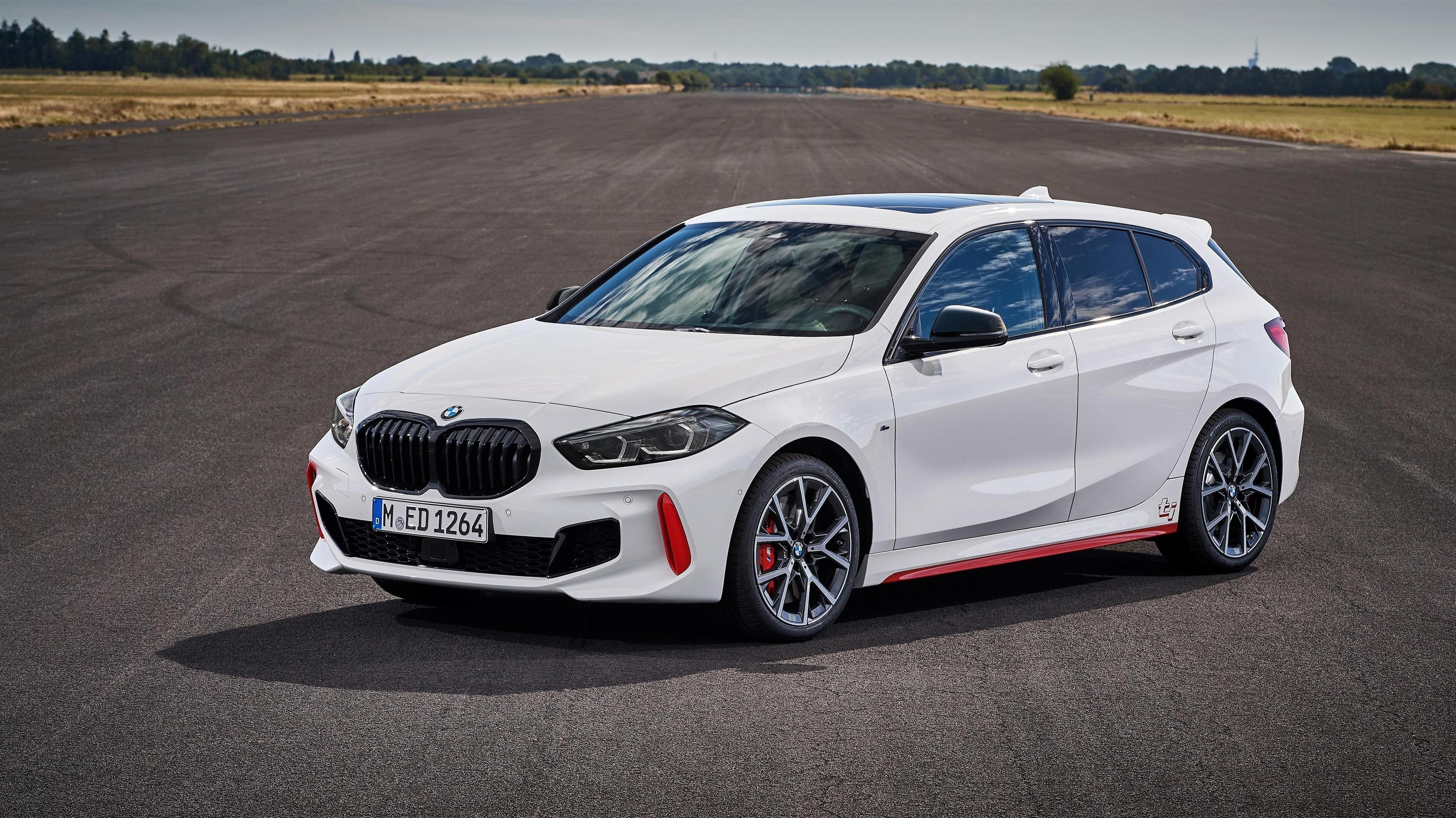 Белый bmw 128ti 2020 автомобили обои скачать