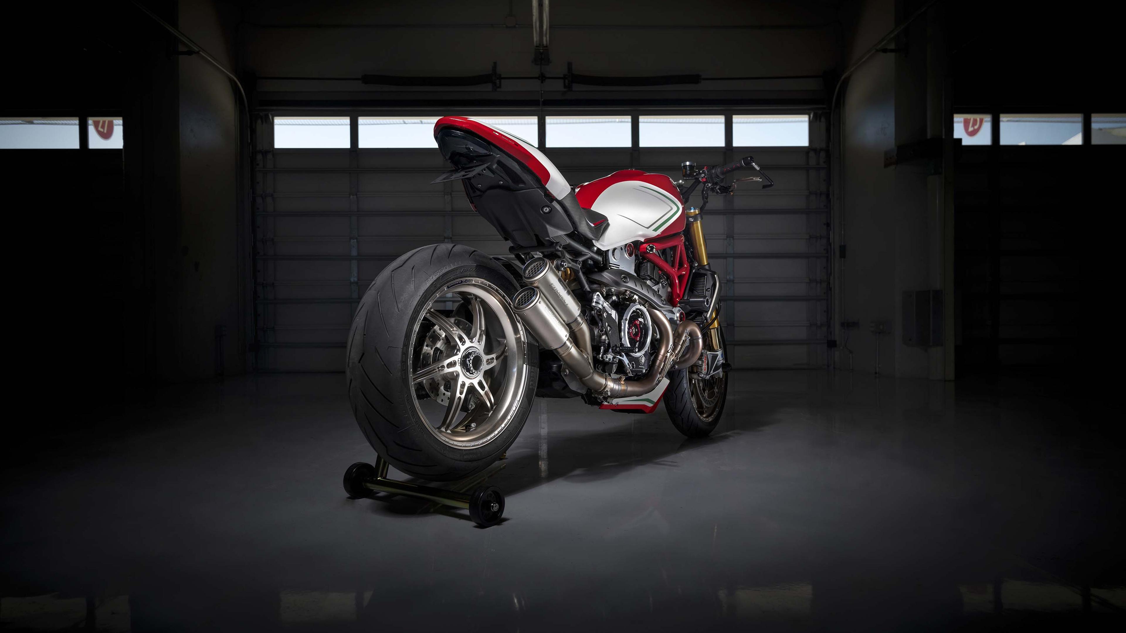 Ducati монстр 1200 триколор по мотивации 2019 обои скачать