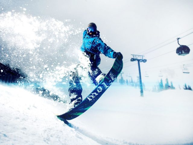 Окна лыж сноуборд открытый.