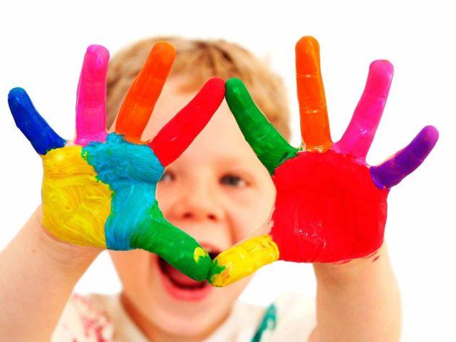 Краска,  руки