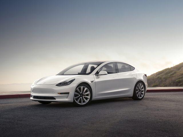 Модели Tesla 3 4к.