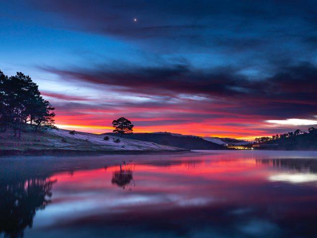 Закат озеро пейзаж
