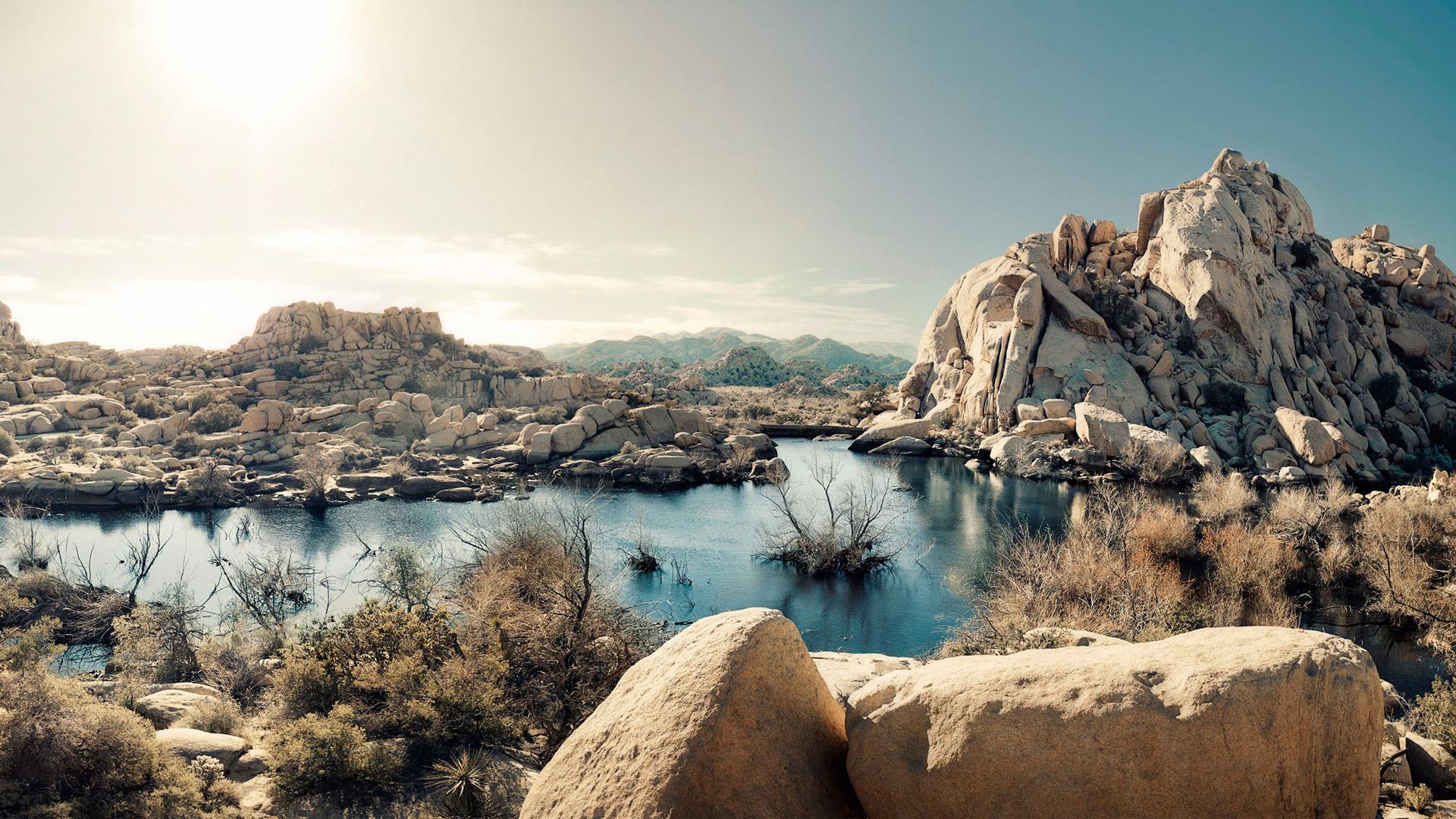 Рок пустыни образований озеро национальный парк Калифорния США. обои скачать