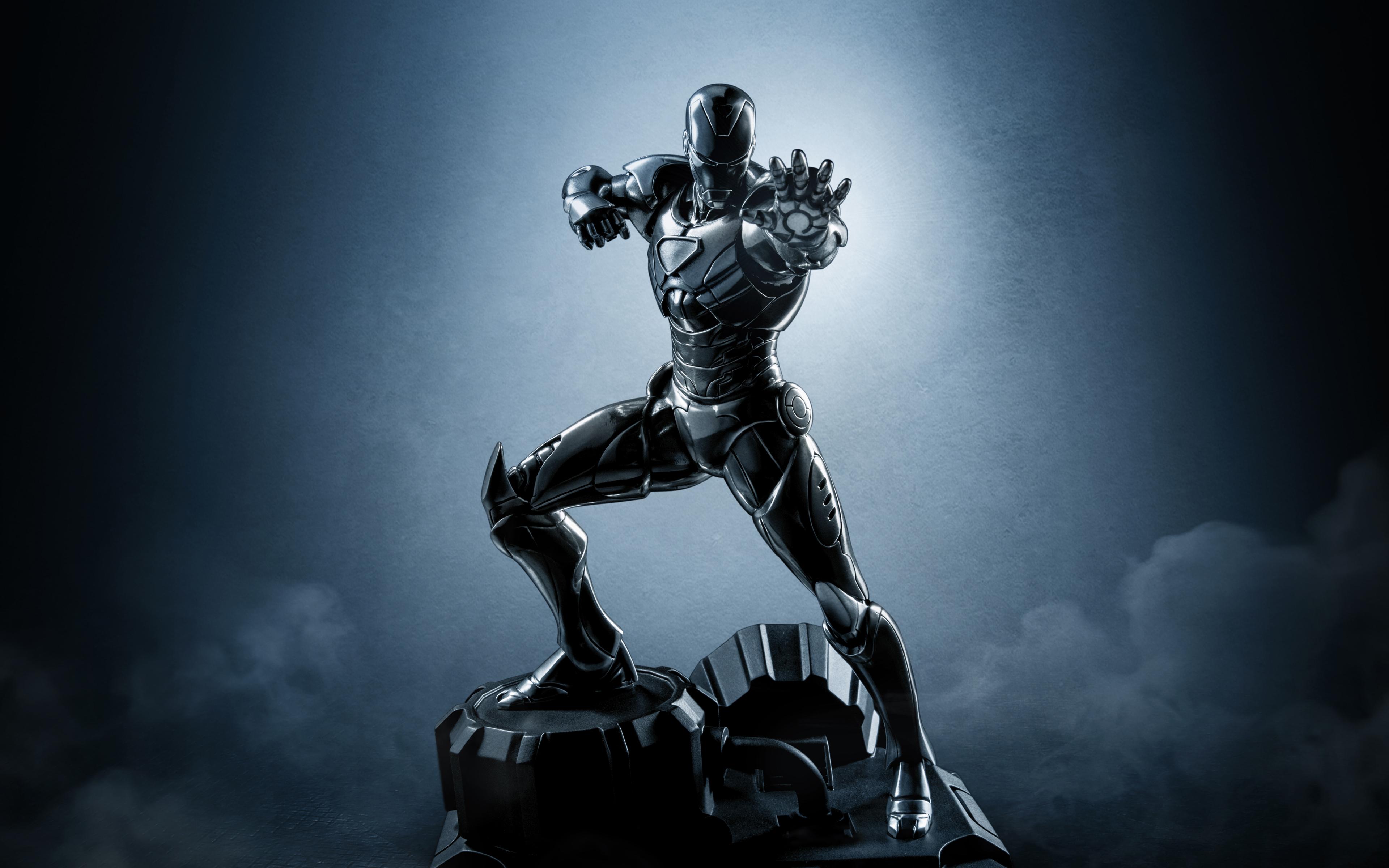 Фигура Железного человека обои скачать