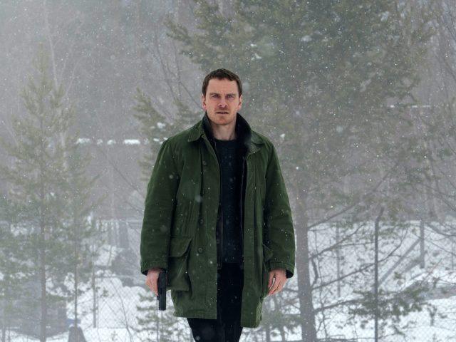 Майкл Фассбендер в снеговика