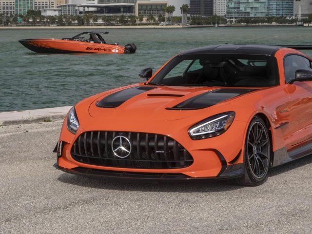Mercedes amg gt черная серия 2021 3 автомобиля