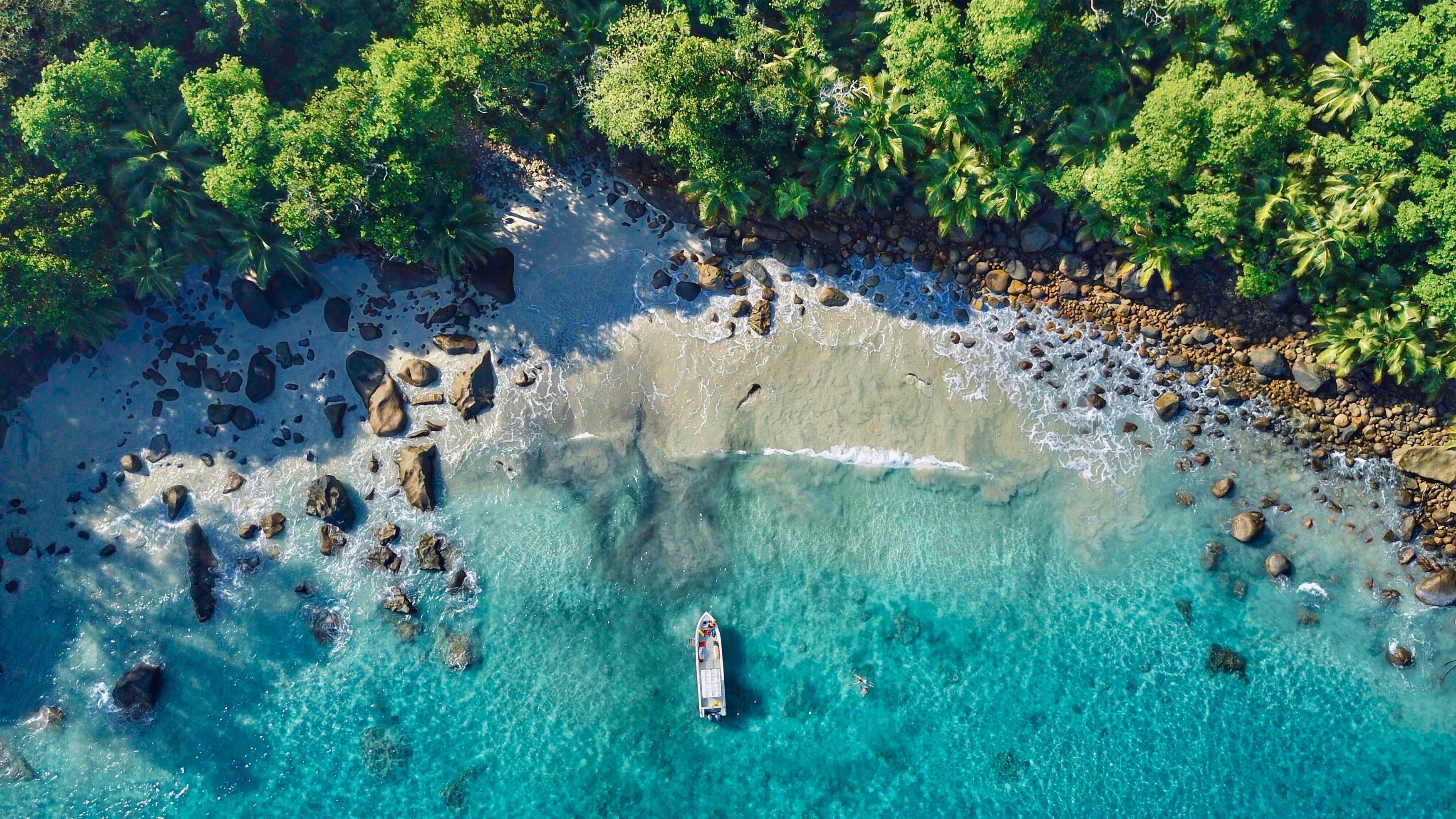 Силуэт остров пляж с высоты птичьего полета обои скачать