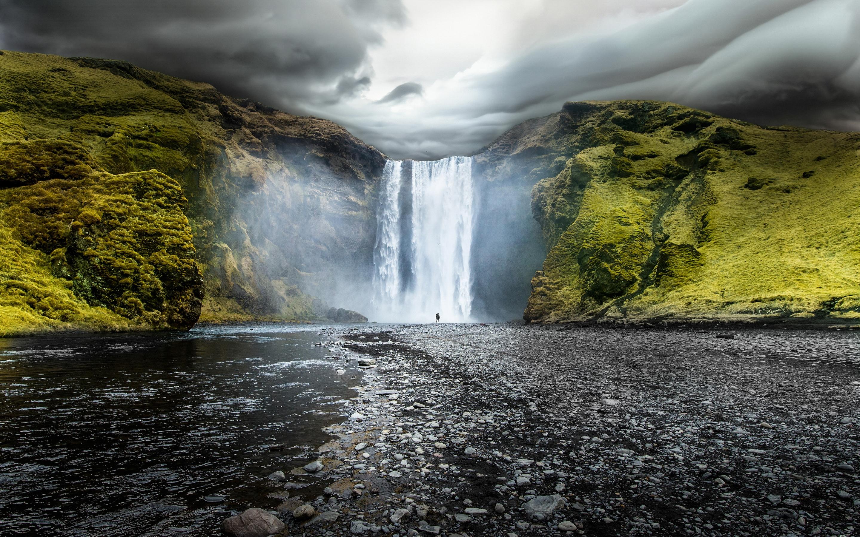Скоугафосс-водопад в Исландии. обои скачать