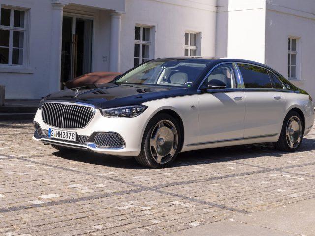 Автомобили mercedes maybach s 680 4matic 2021 года выпуска