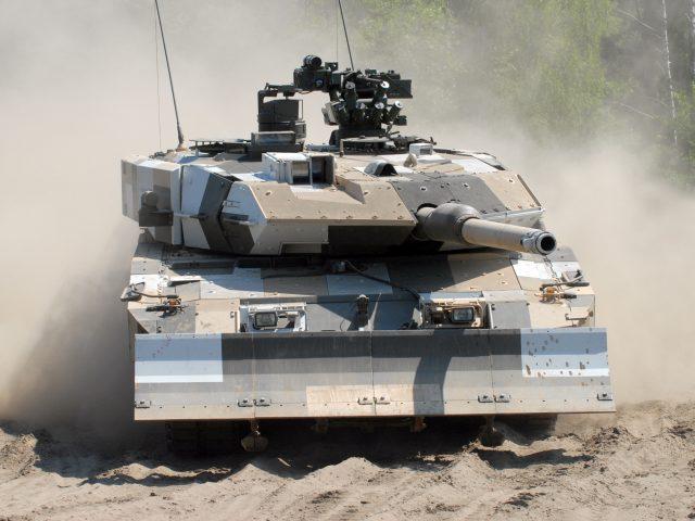 Основной боевой танк,  ВС Германии,  Леопард 2а6,  камуфляж