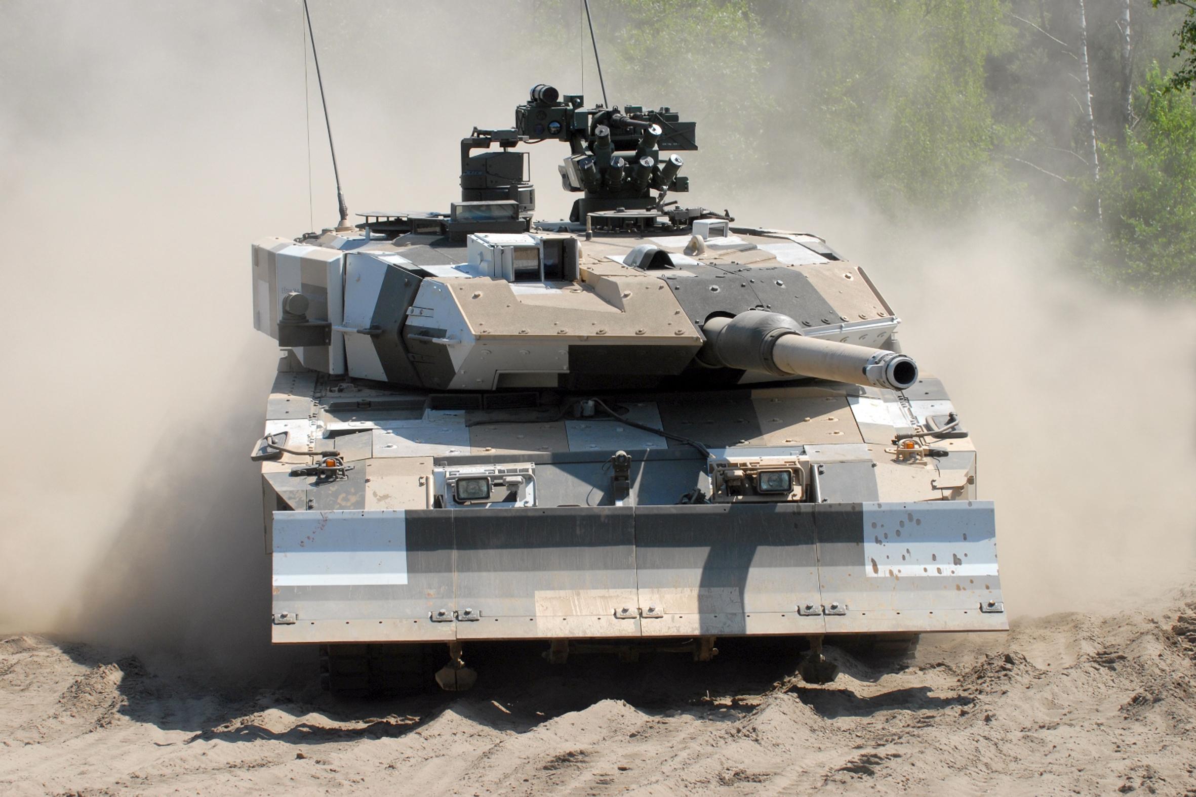 Основной боевой танк, ВС Германии, Леопард 2а6, камуфляж обои скачать