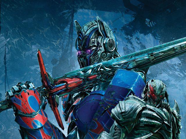 Трансформеры последний рыцарь Оптимус Прайм.