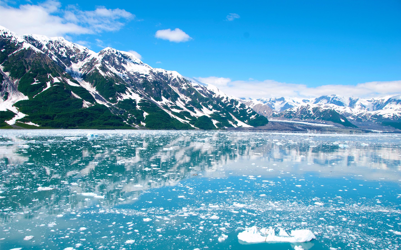 Снежные горы Аляски. обои скачать