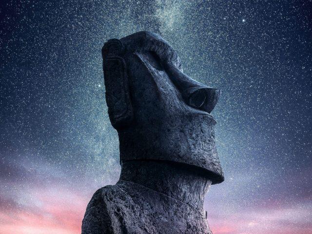 Моаи статуя идола остров Пасхи звездное небо