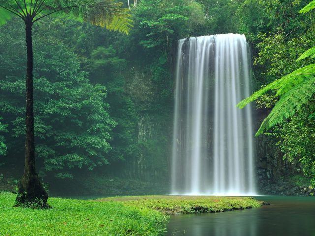 Водопад Милла-Милла в Австралии