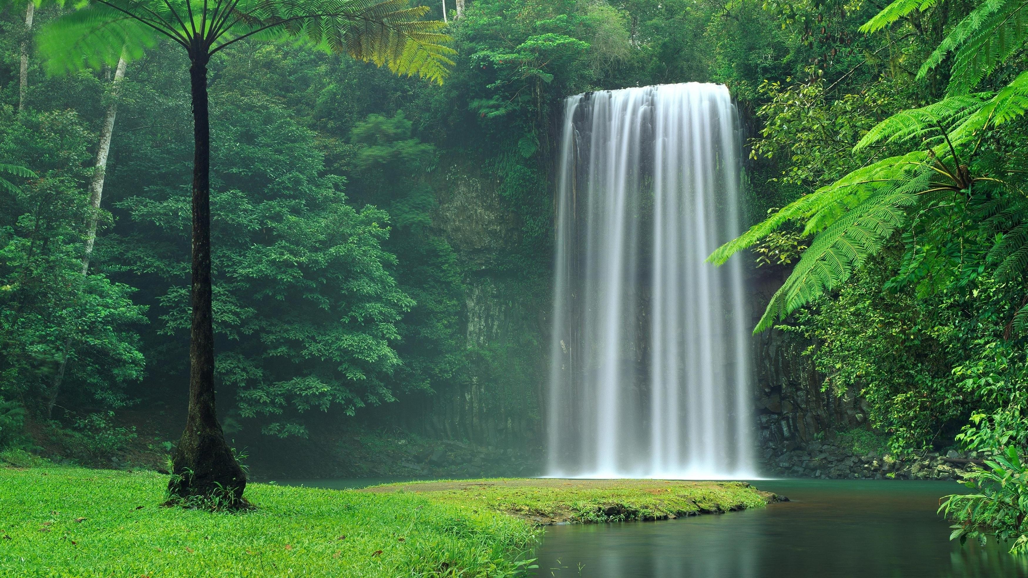 Водопад Милла-Милла в Австралии обои скачать