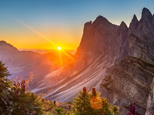 Восход солнца в Доломитовых Альпах Италия природа