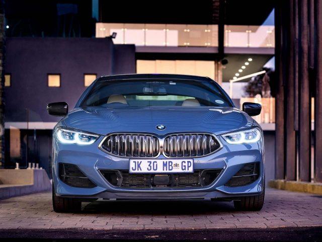 Синий bmw m850i xdrive gran coupe 2020 автомобили