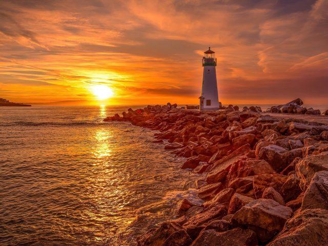 Маяк восход и закат солнца