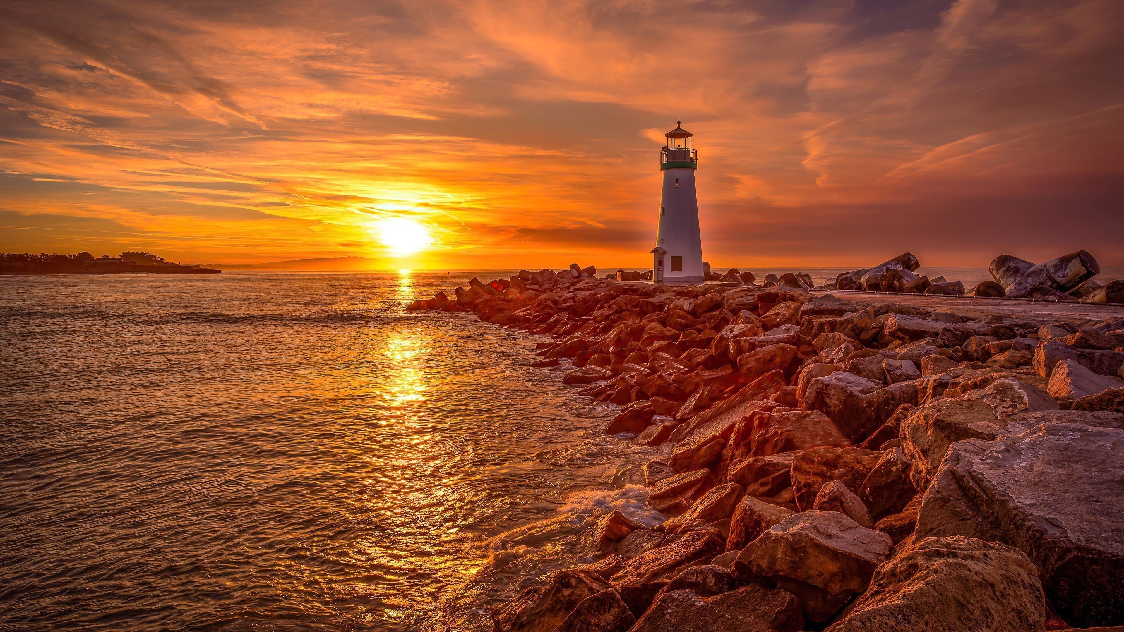 Маяк восход и закат солнца обои скачать