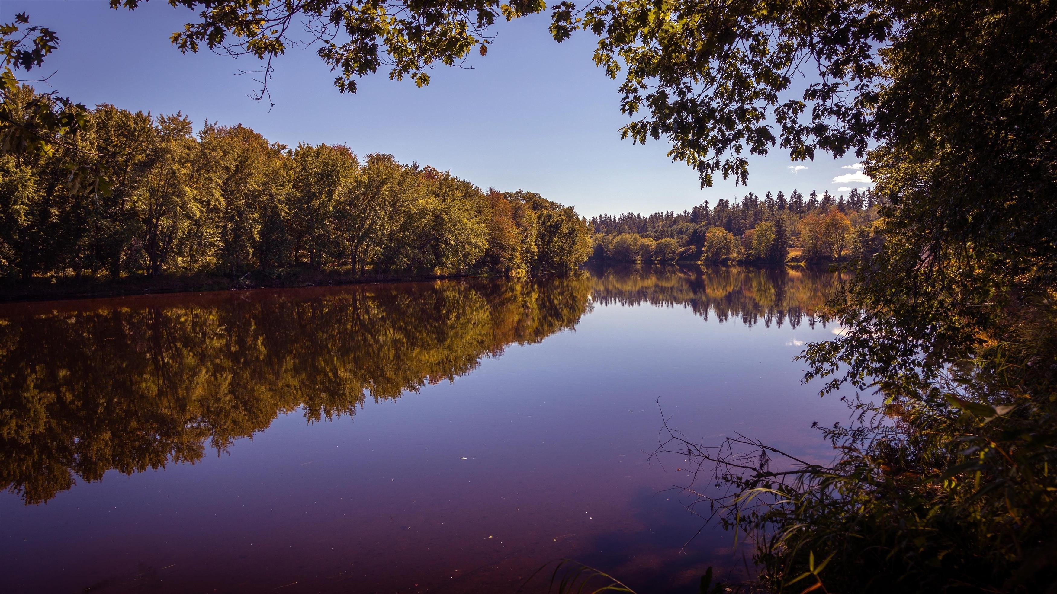Воскресный речной пейзаж обои скачать