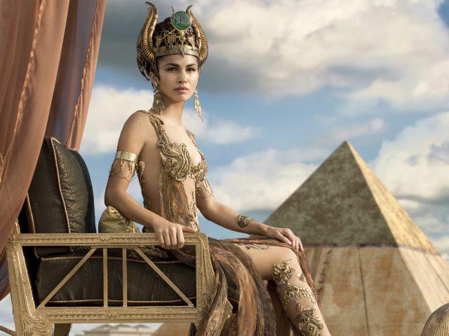 Элоди Юнг как хатхор боги Египта.
