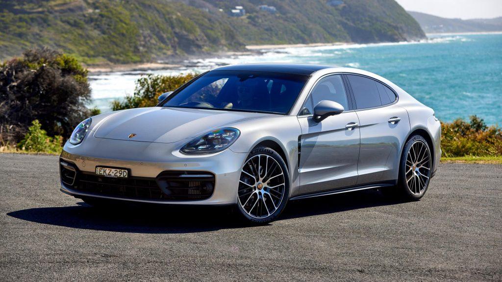 Porsche panamera 2021 4 автомобиля обои скачать