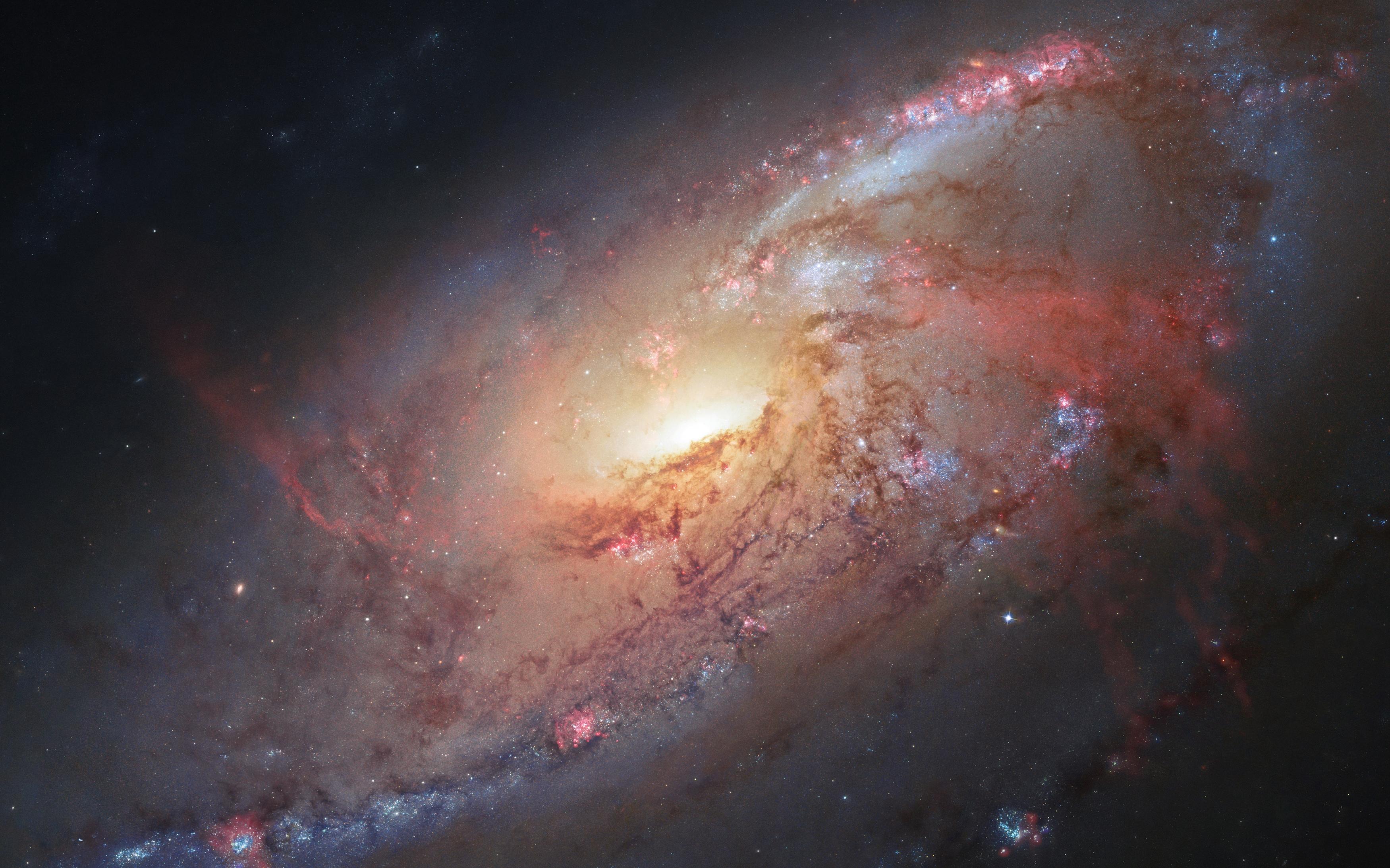 Мессье 106 спиральная Галактика обои скачать
