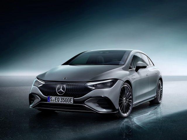 Mercedes benz eqe 350 amg линейное издание 1 2022 автомобилей